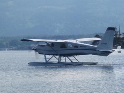 Seair float plane taking off